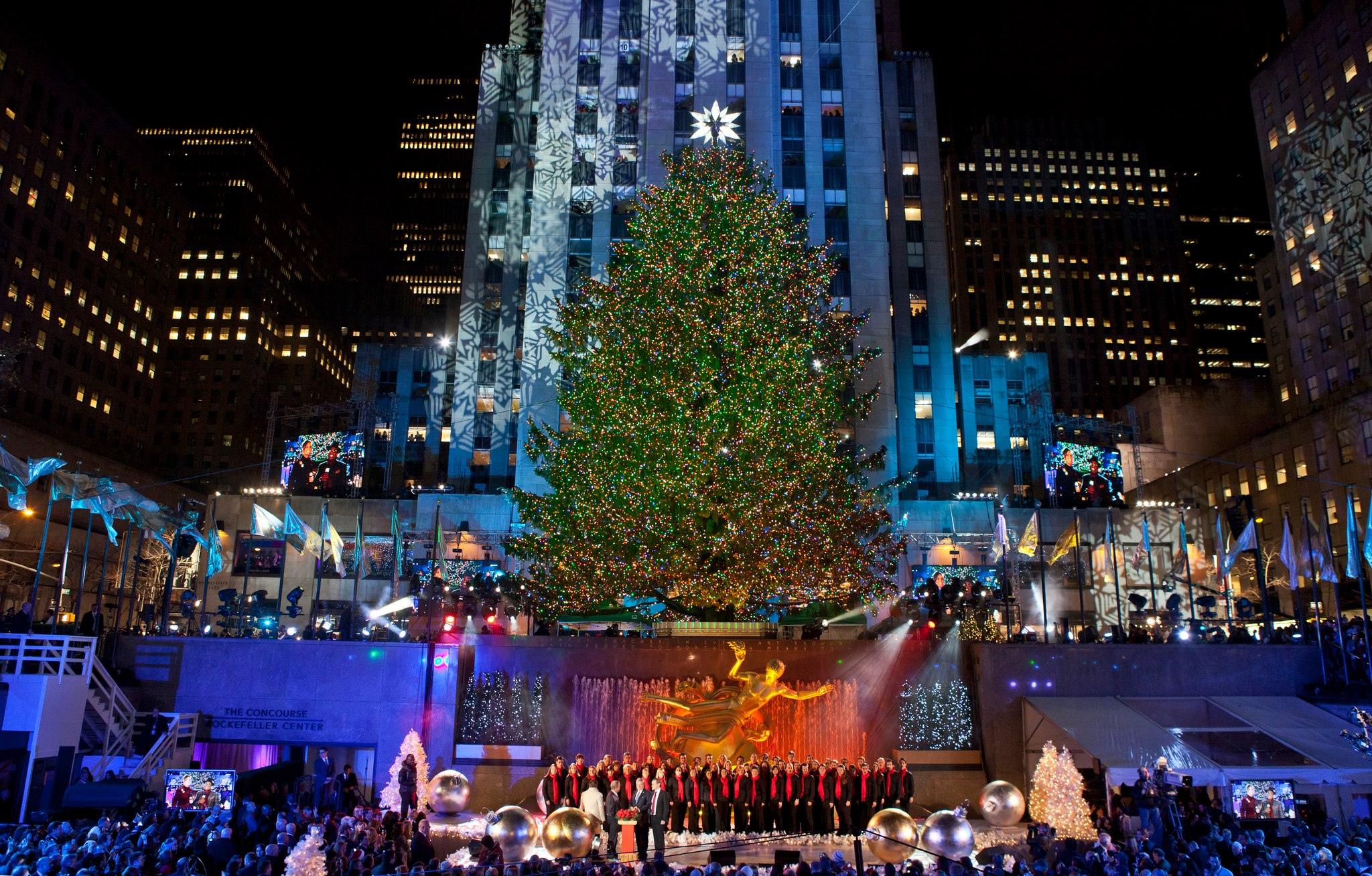 90s Christmas Lights.8 Christmas Movies That Ll Make You Feel All The New York Feels