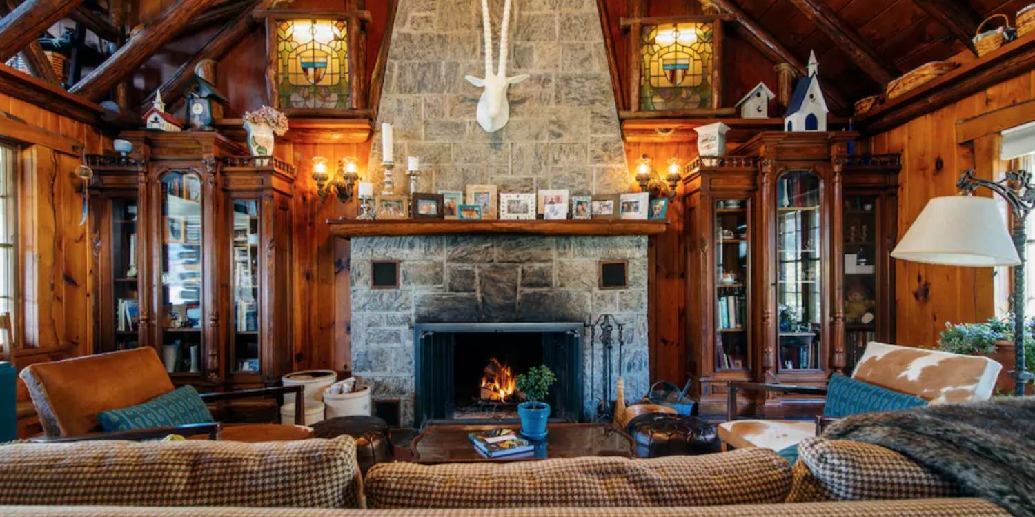 Cozy Cabins To Help You Get The Hell Out Of Dodge This Winter