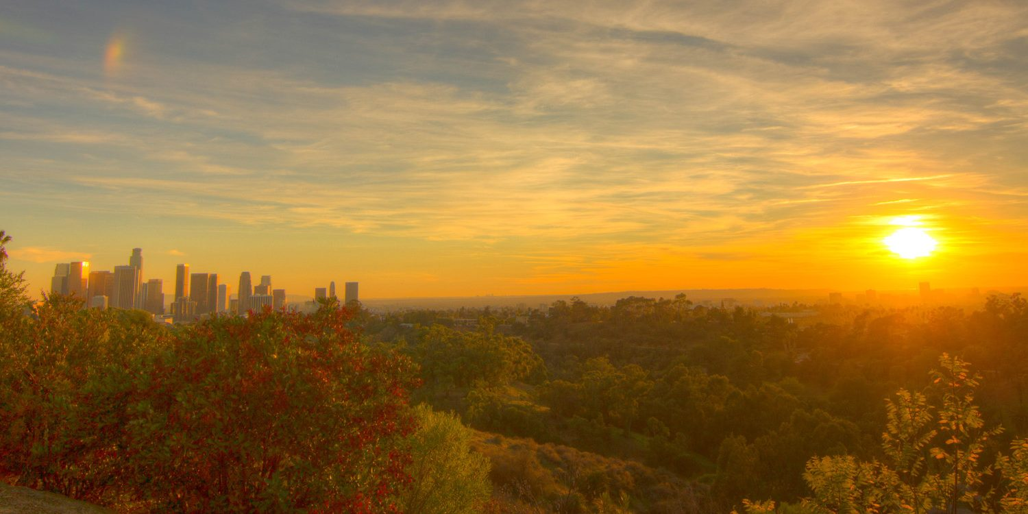 11 Urban Walks in LA that End with Booze or Tacos
