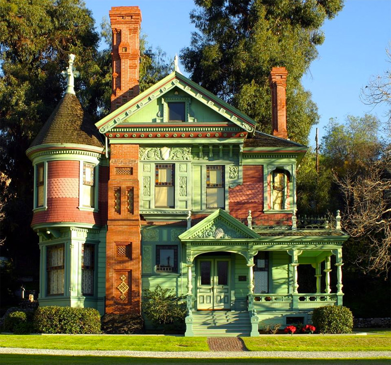 10 Opulent Mansions and Historic Homes That Are Open to the