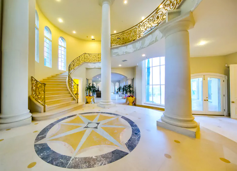 12 Crazy Mansions You Can Rent In La To Feel Like A Celebrity