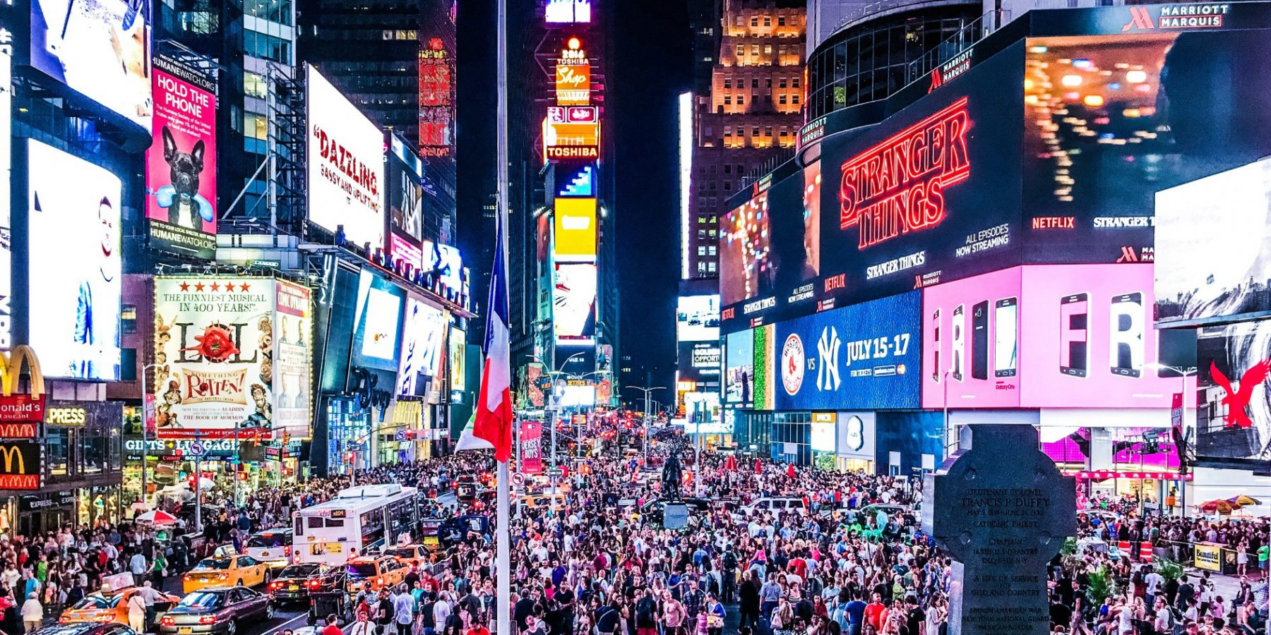 5 Tips for Spending New Year's Eve in Times Square