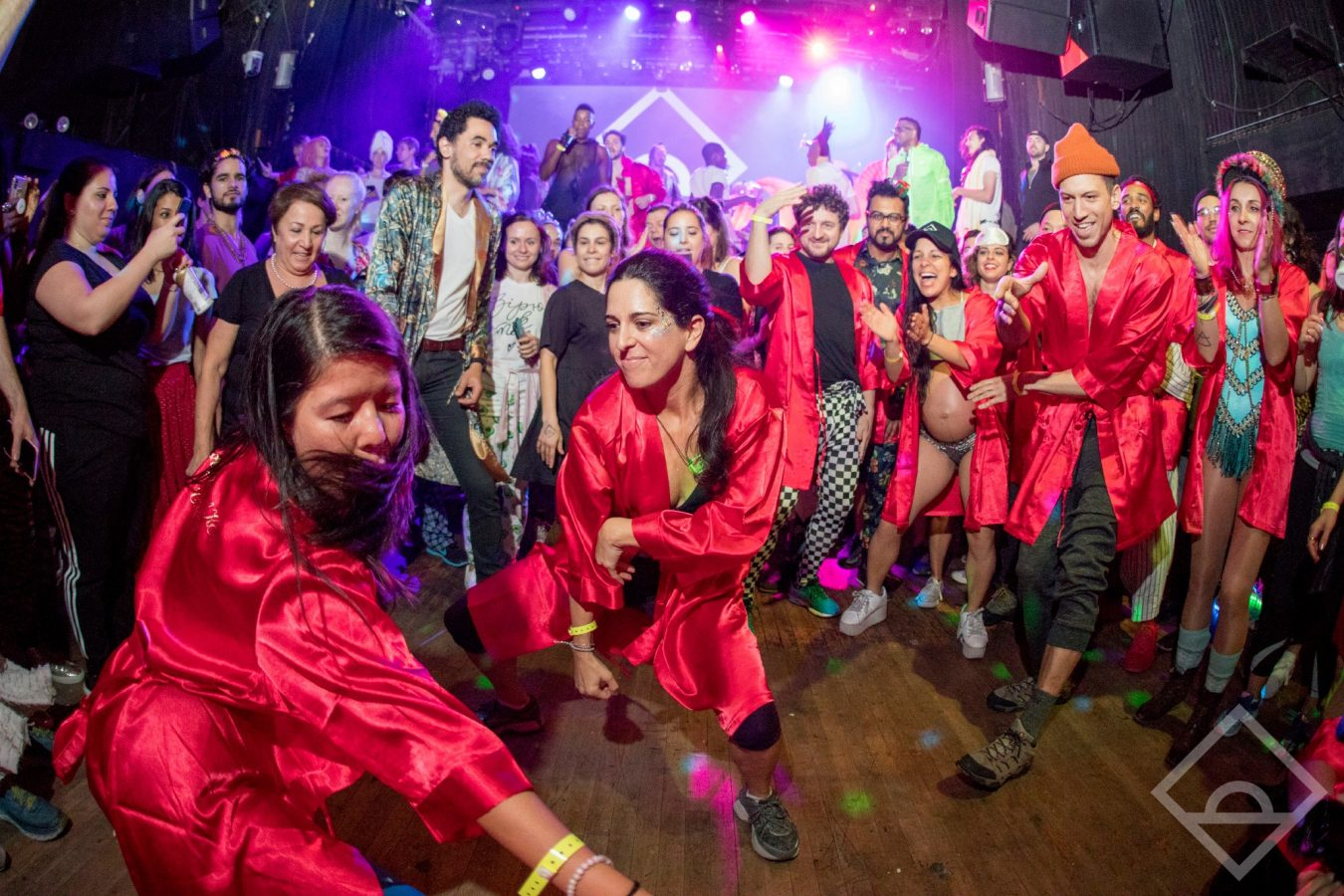 Raves Near Me >> Why People Are Waking Up For Sober Morning Raves Instead Of The Gym