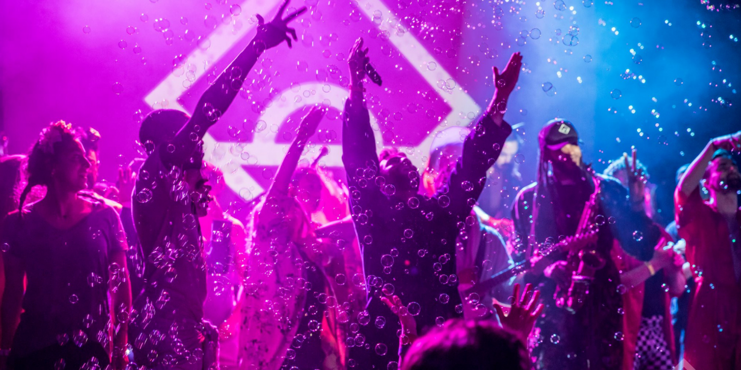 Why People Are Waking Up for Sober Morning Raves (Instead of the Gym)