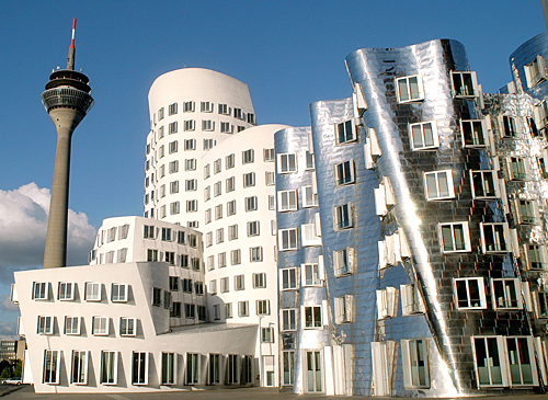 Tagungslocation_gehry_turm-in-düsseldorf