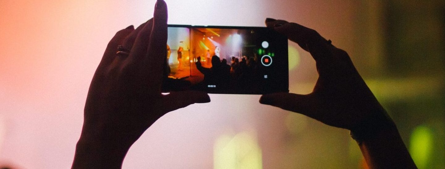 What is the Real Impact of Smartphones at Live Music Events?