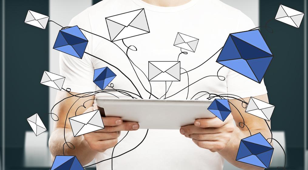 Cómo Enviar Invitaciones Por Correo Electrónico