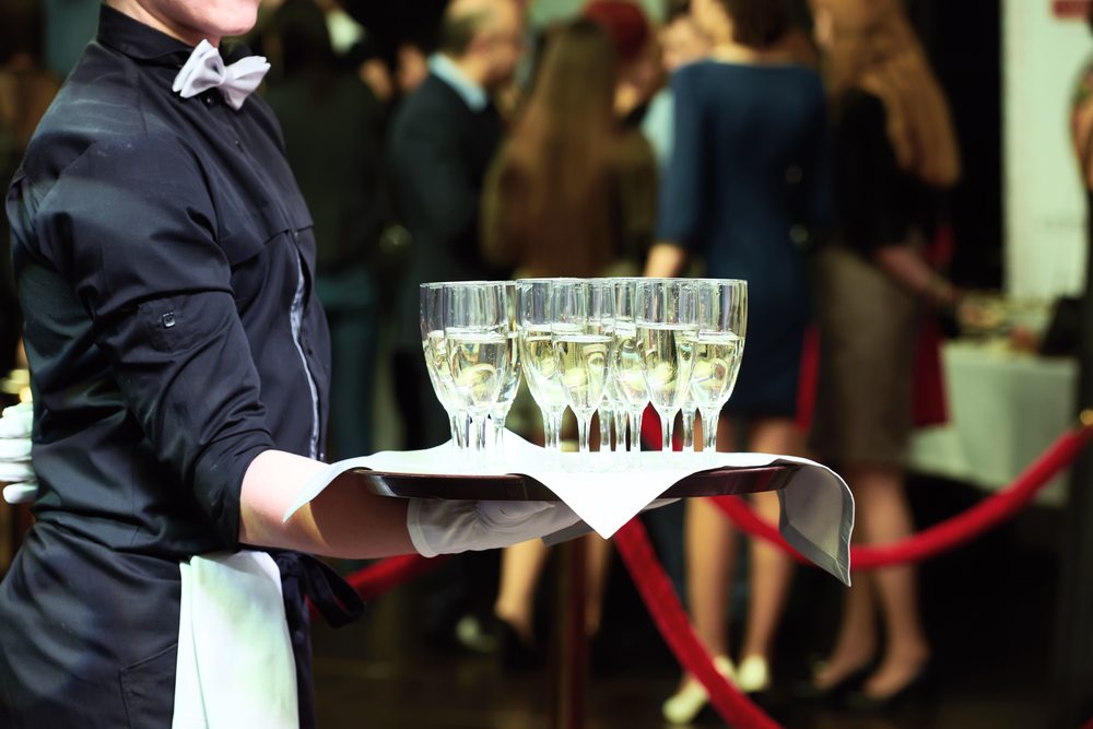 how to manage temporary event staff