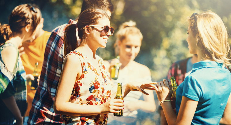 7 Steps to Planning a Summer Party on a Small Budget - Eventbrite