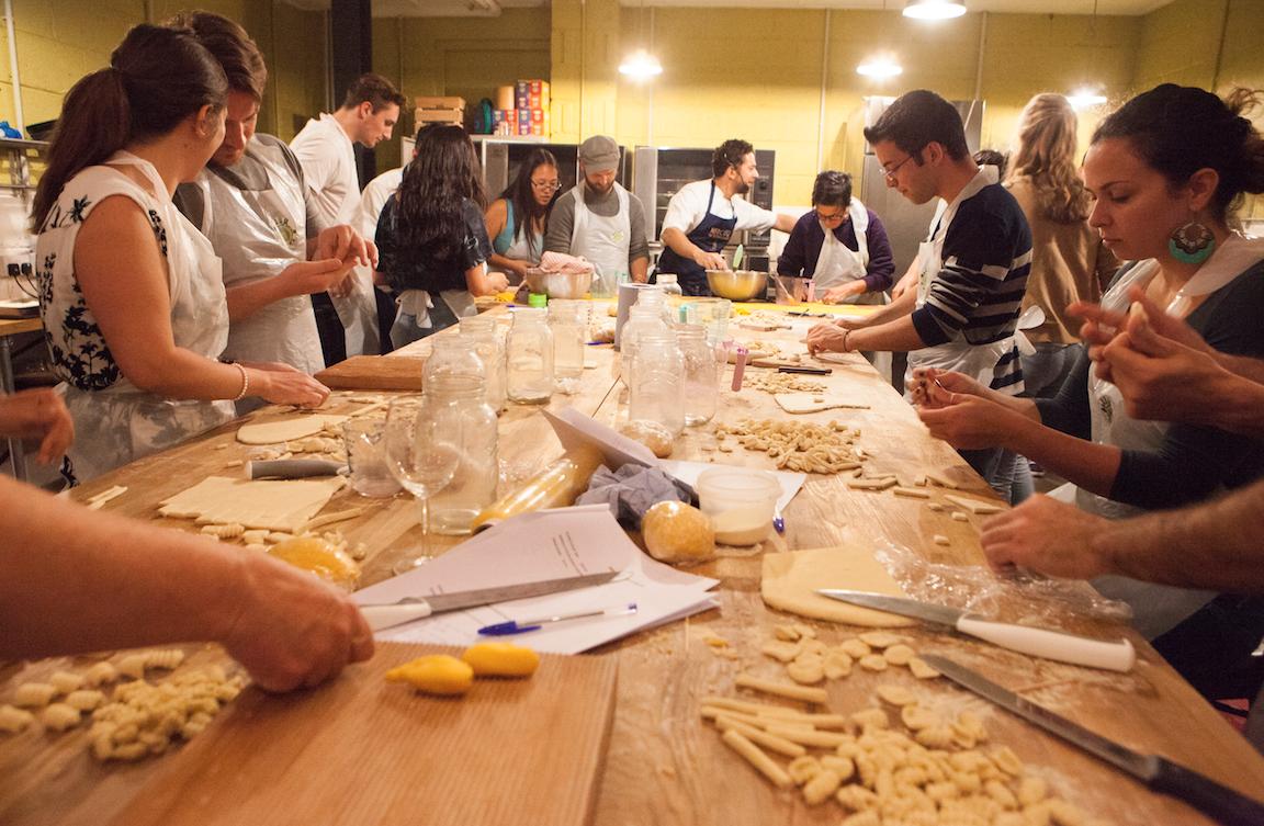 Mercato Metropolitano - pasta making